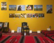 【こととばギャラリー】シリアとヨルダンの写真展「家族の風景 〜笑って泣いて、囲んで祈る〜」